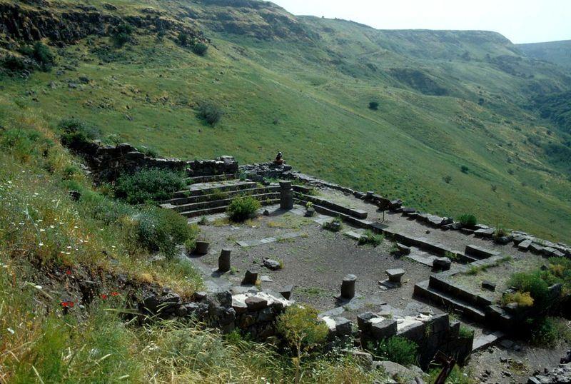 Gamla synagogue ruins, 76-30tb