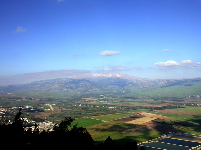 Mount Hermon and Huleh Basin from sw, tb040903